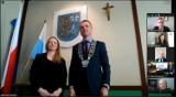 Legnica ma nową radną. Karolina Jaczewska-Szymkowiak złożyła dziś ślubowanie podczas sesji Rady Miejskiej