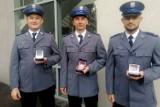 """""""Kryształowe Serca"""" dla policjantów z Komisariatu Policji w Szubinie [zdjęcia]"""