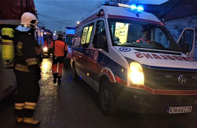 Na miejscu zdarzenia pracują ekipy strażackie