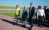 Minister obejrzał postępy w budowie pasa startowego w Centrum Lotniczym PWSZ w Chełmie – zobacz zdjęcia