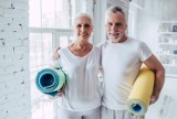 """Koronawirus: """"Aktywny senior w domu"""" przykładowe ćwiczenia"""