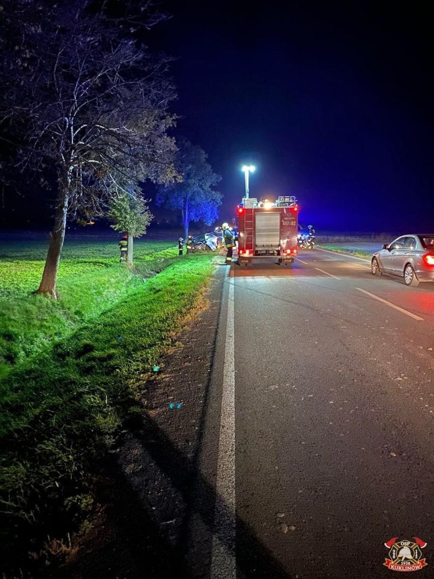 Wypadek samochodu na drodze krajowej nr 36 w Kuklinowie [ZDJĘCIA]