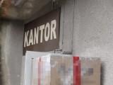 Właściciele kantorów w olbrzymich kłopotach przez koronawirusa. Skarżą się na brak pomocy, grożą zamykaniem  punktów