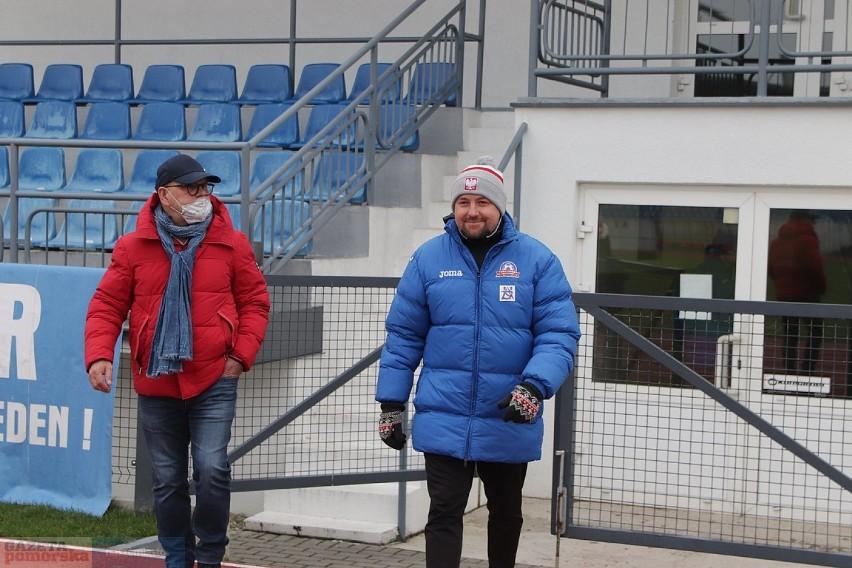 Mecz 4. ligi kujawsko-pomorskiej, kolejka 17. Lider...
