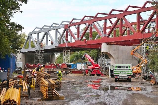 Docelowo wiadukt będzie miał długość 160 metrów.