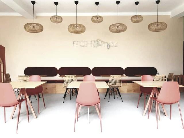 """Jednym z przedsięwzięć w ramach """"Lokalu na start"""" jest Bohomaz. To przestronna kawiarnia z salą zabaw, wyposażoną w zabawki i pomoce edukacyjne, które pomagają pobudzać dziecięcą fantazję i kreatywność Zobacz kolejne zdjęcia/plansze. Przesuwaj zdjęcia w prawo - naciśnij strzałkę lub przycisk NASTĘPNE"""