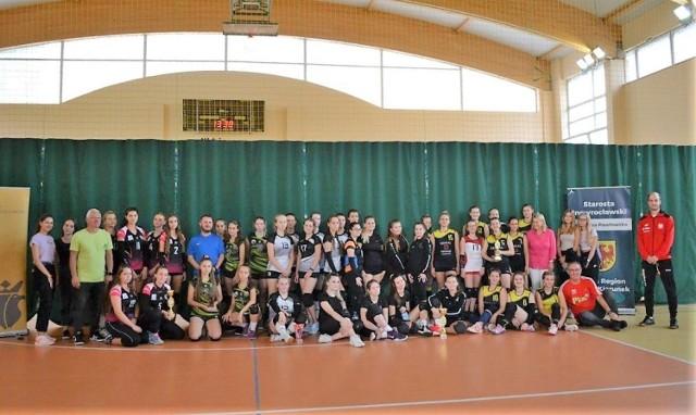II LO im. Marii Konopnickiej w Inowrocławiu było organizatorem Wojewódzkiego Turnieju Piłki Siatkowej Dziewcząt