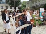 W parafii pw Zesłania Ducha Świętego przy placu Wolności w Łodzi zorganizowano jarmark dominikański. Pieniądze pójdą na cel charytatywny
