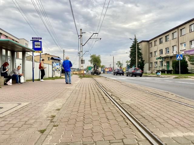Tramwaje Śląskie szukają wykonawcy, który wyremontuje torowisko wzdłuż ulicy Wojska Polskiego w Sosnowcu.   Zobacz kolejne zdjęcia. Przesuń w prawo - wciśnij strzałkę lub przycisk NASTĘPNE