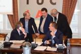Rada ustaliła komisje i... zarobki prezydentowi Zielonej Góry, Januszowi Kubickiemu [ZDJĘCIA]