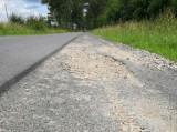 Droga Turowo - Wilcze Laski koło Szczecinka. Znowu fruwają tu kamienie [zdjęcia]