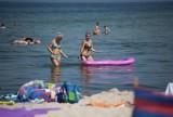 Piękny piątek na plaży w Jarosławcu. Polski Dubaj przyciąga turystów! [ZDJĘCIA]