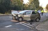 Wypadek w Katowicach. Zderzenie trzech aut, dwie kobiety trafiły do szpitala