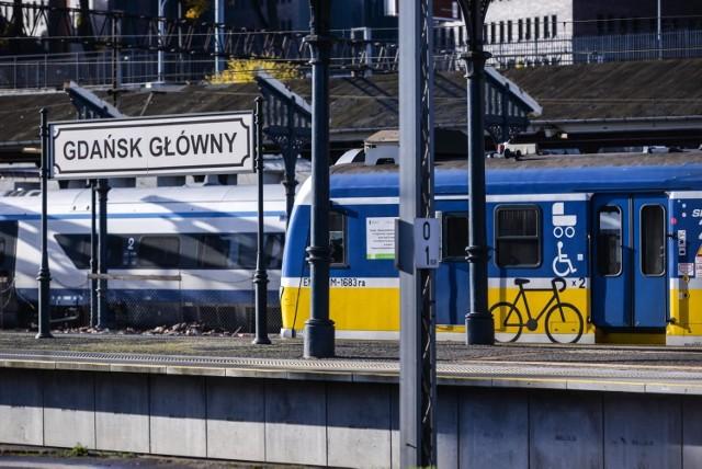 Na nowym rozkładzie jazdy zyskają przede wszystkim pasażerowie Szybkiej Kolei Miejskiej podróżujący po jej głównej, aglomeracyjnej linii. Między Gdańskiem Śródmieście a Gdynią Chylonią będzie znacznie więcej połączeń.