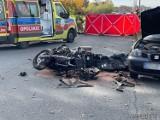 Wypadek w Opolu. Zderzenie seata z motocyklem. 50-letni kierowca jednośladu w stanie ciężkim został zabrany do szpitala [ZDJĘCIA]