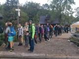 Tatry. Tłok w górach. Szósta rano, a tu taka kolejka do kasy, by wejść na szlak!