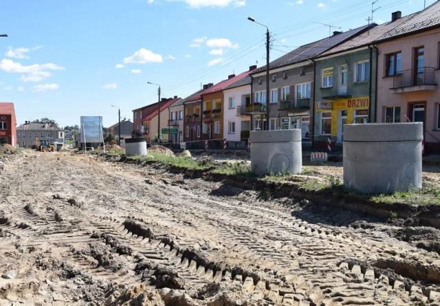 Robotnicy po przerwie zimowej wracają do prac nad przebudową dk63.
