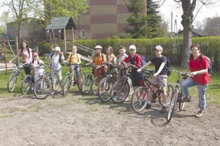 Jako pierwsza dotarła do celu grupa rowerzystów ze Szkoły Podstawowej nr 10.