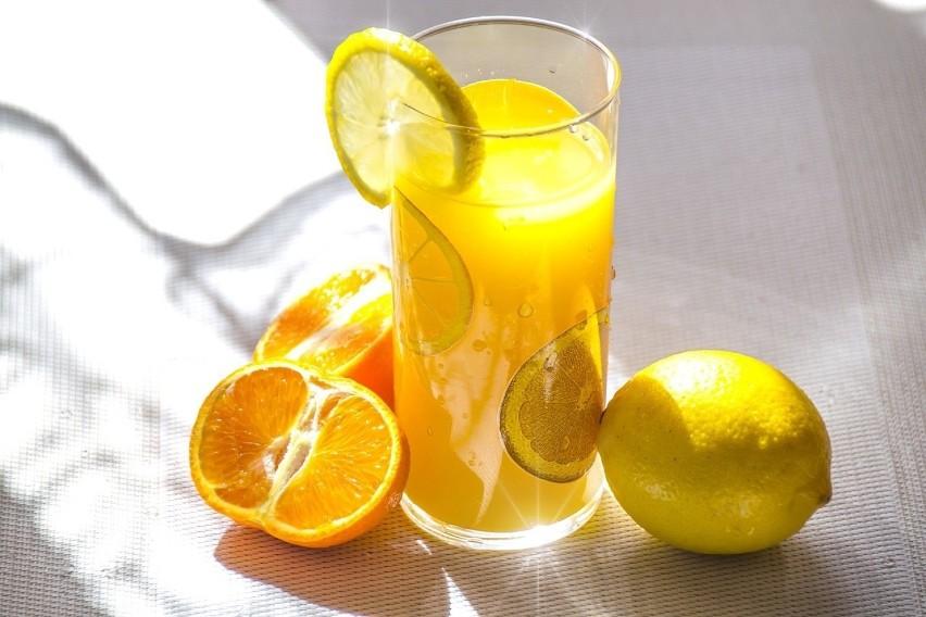 CytrusyOwoce z witaminą C mają świetny wpływ na działanie...