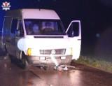 Tragiczny wypadek w powiecie radzyńskim. Samochód najechał na leżącego na jezdni mężczyznę