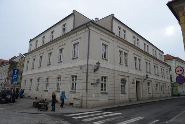 Siedziba Izby Administracji Skarbowej w Zielonej Górze.