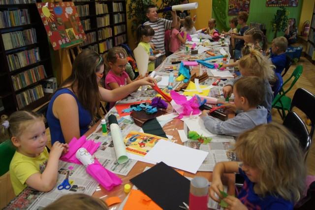 Biblioteka w Nędzy zabiera dzieci w daleką podróż... plastyczną. Zajęcia są bezpłatne.