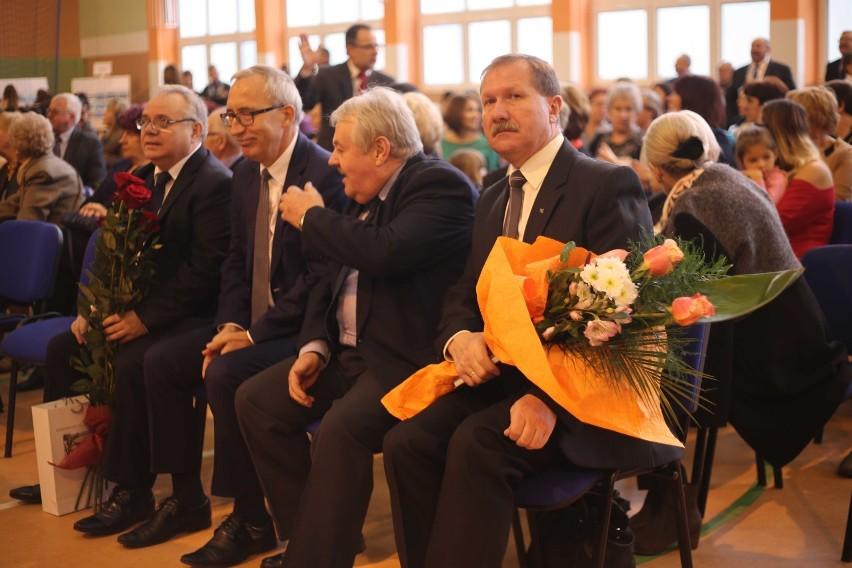 70-lecie szkoły w Starym Polu [ZDJĘCIA]. Szkolne mury opuściło ponad 5 tysięcy absolwentów