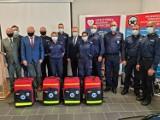 Grodziscy i wolsztyńscy policjanci otrzymali prezenty ratujące życie