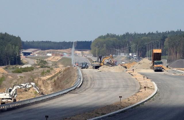 Trwa budowa ostatniego odcinka drogi ekspresowej S3.