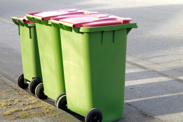 Blisko połowa Polaków uważa, że segregowanie odpadów nie ma sensu.
