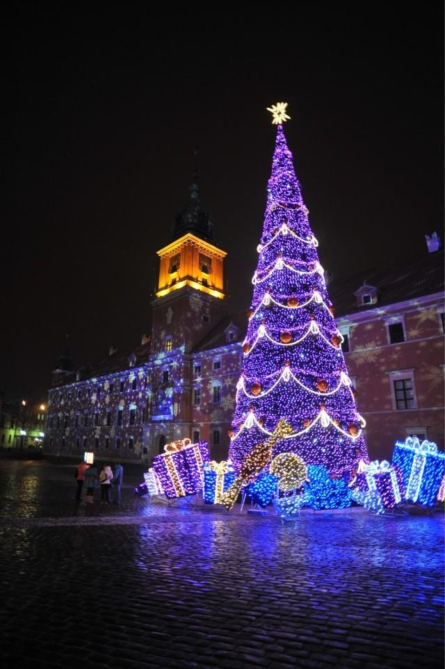 Iluminacja w Warszawie 2015. Ostatni weekend ozdób świątecznych na ulicach