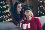 Święta Boże Narodzenie 2020 – jaki prezent wybrać dla mężczyzny? Znajdź prezent dla męża pod choinkę