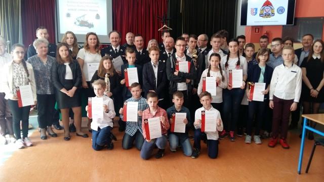 Młodzi strażacy z powiatu konińskiego