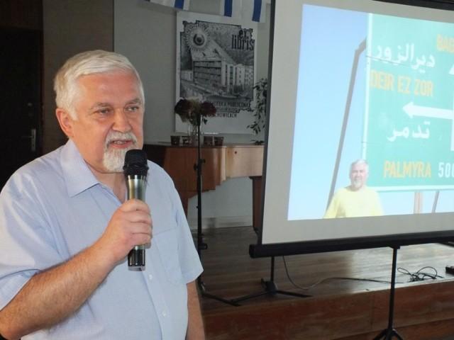 Ciekawą prelekcję o sytuacji Izraela wygłosił Bernard Koziróg z Uniwersytetu Warszawskiego