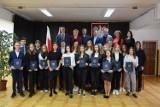 Starostwo Powiatowe w Grójcu przyznało stypendia uczniom z najlepszymi wynikami w nauce