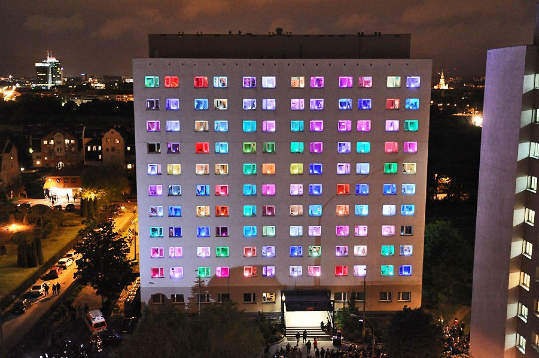 Fasada Budynku Na Wroclawskim Rynku Rozblysla W Ramach Projektu