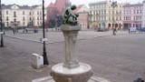Fontanna na Starym Rynku odzyskała blask [zdjęcia]