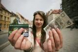 W autobusach i tramwajach KZK GOP zapłacisz kartą!