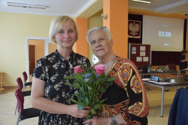 Burmistrz Barbara Wierzbińska z wotum zaufania i absolutorium