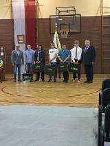 Sieraków. Dzień Edukacji Narodowej oraz Dzień Patrona Szkoły – Technikum Rybackiego w Sierakowie