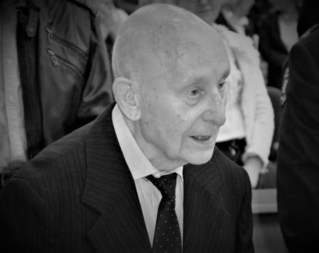 17 listopada zmarł Edward Kaniuk, długoletni dyrektor LO w Goleniowie