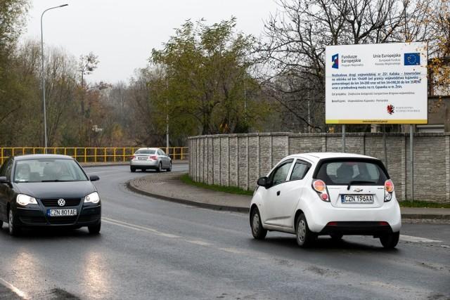 285 milionów złotych przeznaczy w 2021 roku na inwestycje drogowe samorząd województwa kujawsko-pomorskiego.   Szczegóły na kolejnych stronach naszej galerii >>>