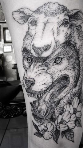 Te Surrealistyczne Tatuaże Ze Zwierzętami Naprawdę Dają Do