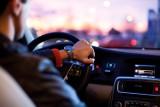 Mandat za głośne słuchanie muzyki  w samochodzie? Nawet do 500 zł!