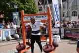 Strongmani z Polski i Ukrainy konkurowali na rynku w Wejherowie [ZDJĘCIA]