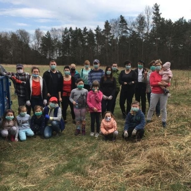 W gminie Woźniki wolontariusze sprzątali las w ramach ogólnopolskiej akcji