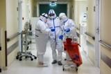 Koronawirus w Polsce. Liczba zakażonych ponownie zmalała, coraz lepsza sytuacja w Małopolsce