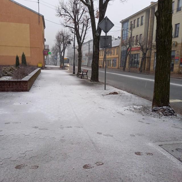 W  Zduńskiej Woli  sypnęło  śniegiem  w niedzielę, 24 stycznia
