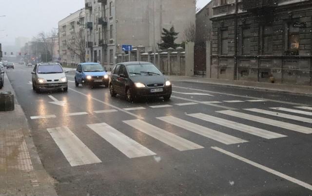 Na ulicę 25 Czerwca w Radomiu od czwartku wrócił już ruch samochodowy, a od soboty 12 grudnia pojadą tu autobusy miejskie.
