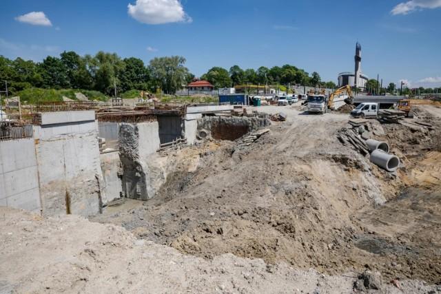 Budowa Trasy Łagiewnickiej opóźnia się o trzy miesiące. Obecny termin zakończenia prac to marzec 2022 roku.